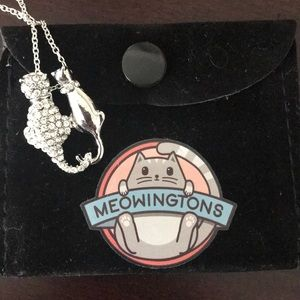 NWT Adorable Cat love necklace